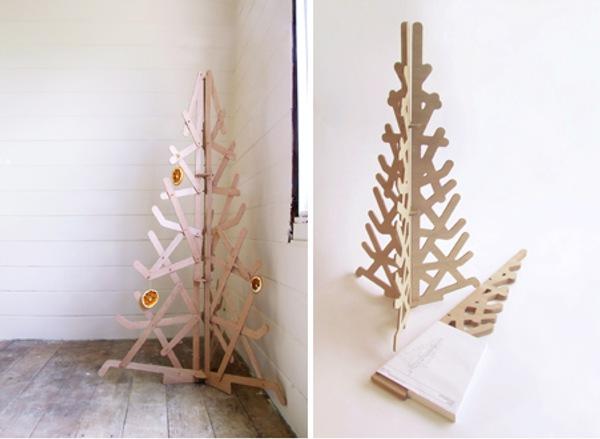 raow christmas tree
