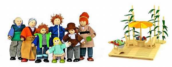 Sunshine Dollshouse doll family and garden set