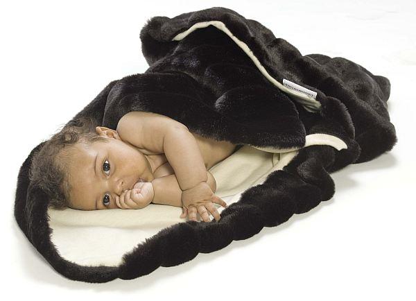 Minimink faux fur ebony wrap