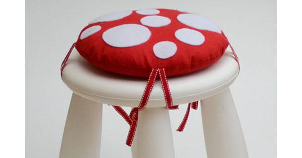toadstool cushion2