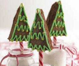 Chocolate cake Christmas trees recipe