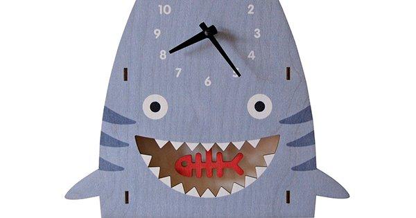 Modern Moose FB shark clock