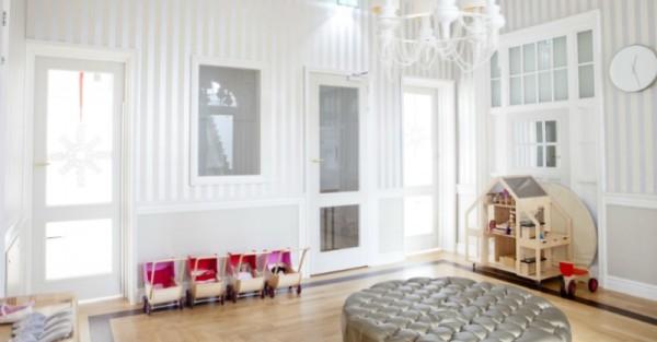 Liliane Dolls Villa