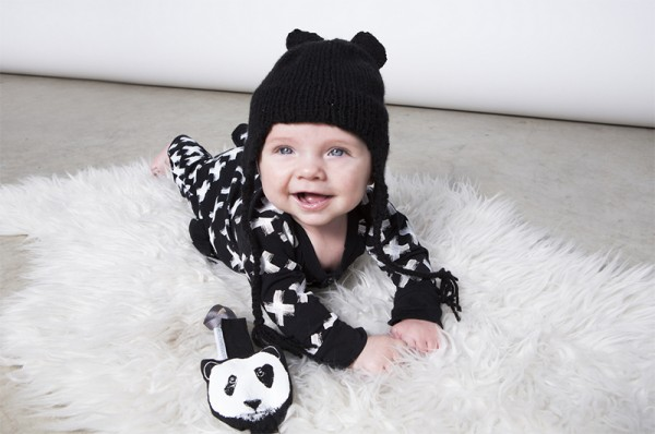3e9276cfabc Oh lucky day! Monochromatic baby clothes from Holland are here