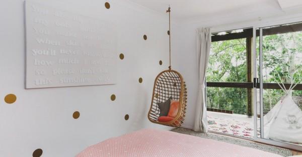 Byron-Bay-Hanging-Chair-FB