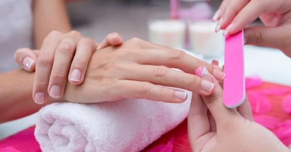 manicure nail polish beauty pamper