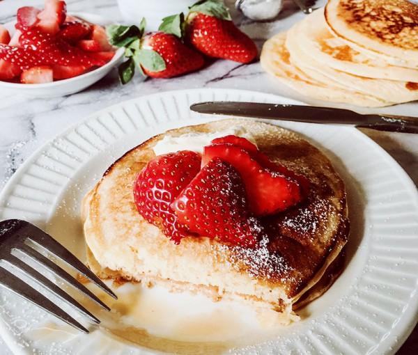 Let's-Cook-buttermilk-pancakes-hero-2