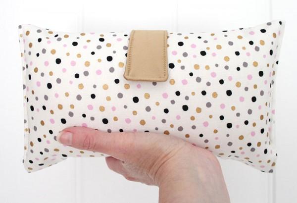 spot-roundupvicki-elle-nappy-wallet