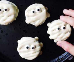 Halloween mummy biscuit recipe