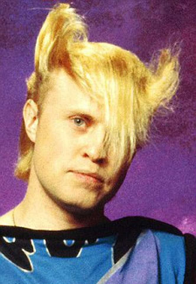 Hilarious 80s hairstyles - Flock of Seagulls
