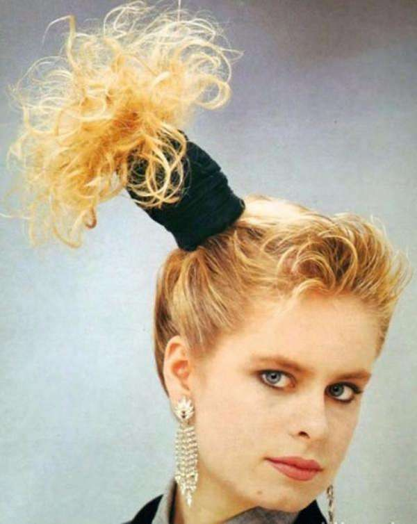 Hilarious 80s hairstyles - side ponytail