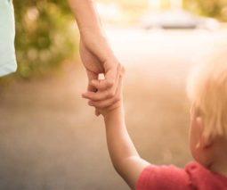 mum and child going to childcare