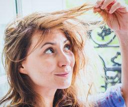 Mum pulling her hair