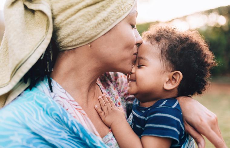 single mum with child